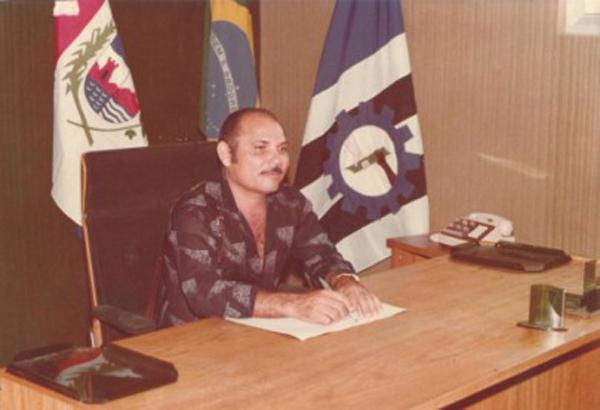 Ex-prefeito Miguel Correia.