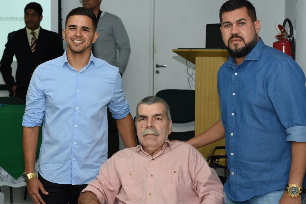 Jal Gomes, Cacau e o vereador Marcos Rebollo.