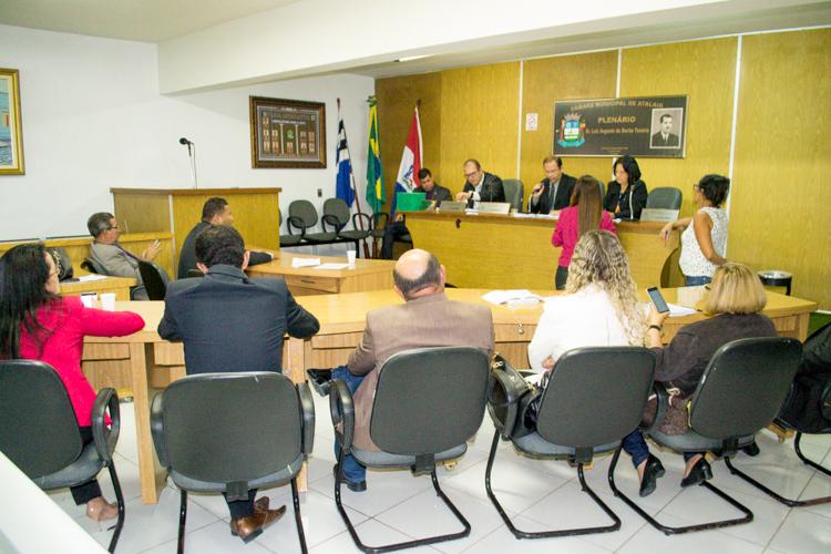 Sessão da Câmara Municipal de Atalaia.