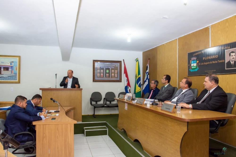 Sessão da Câmara Municipal de Atalaia do dia 06 de Agosto de 2019