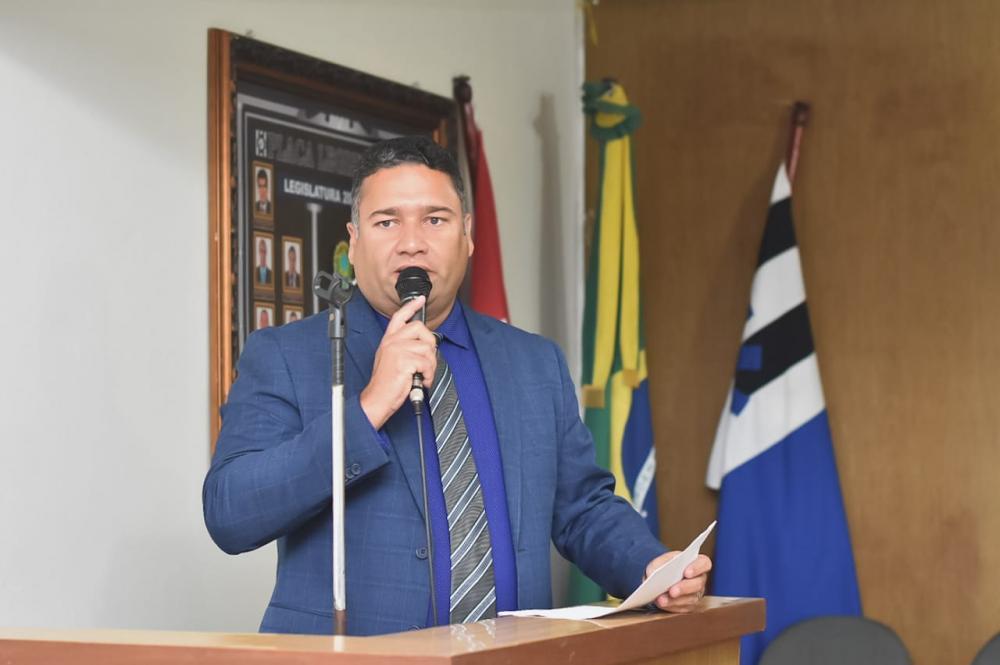 Vereador Toni Barros apresenta Projeto de Lei que visa proibir corte de energia elétrica em véspera de final de semana e feriado