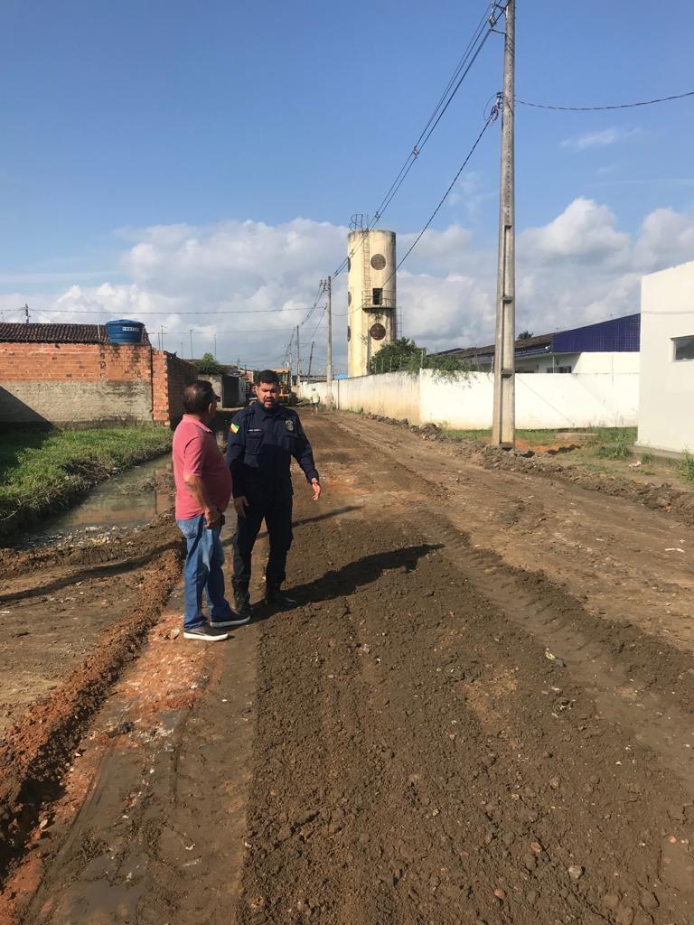 Vereador Marcos Rebollo acompanha melhorias em ruas do Conjunto São Sebastião