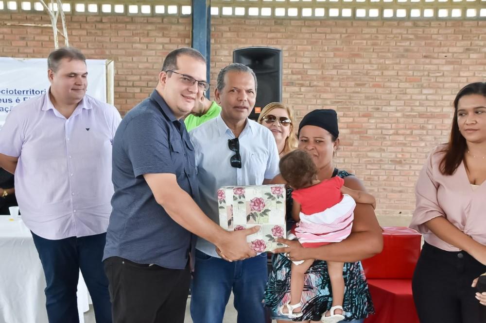 Projeto de Desenvolvimento Socioterritorial é apresentado aos moradores do Conjunto Deus É Fiel