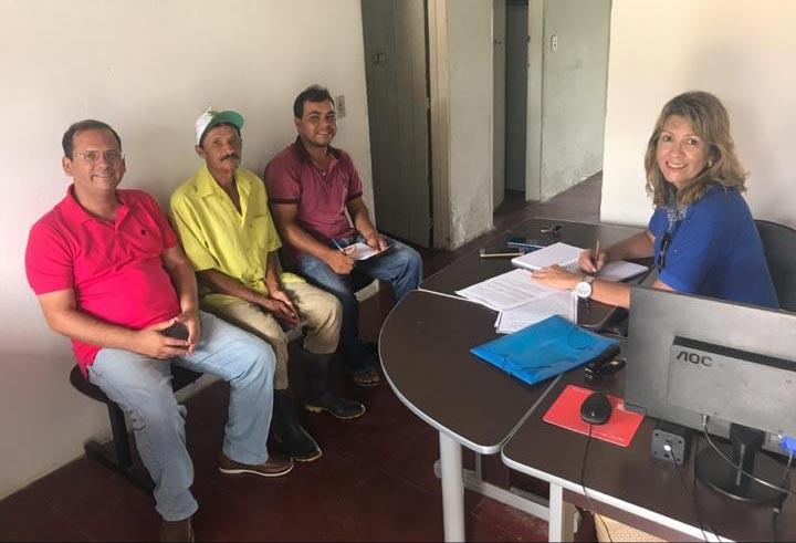 Alexandre Tenório acompanha assessora de projetos da deputada Jó Pereira em visita ao Distrito Ouricuri
