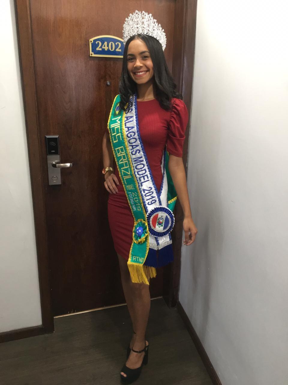 Representando AL, a atalaiense Gisele Cabral conquista uma das faixas no Miss Brasil Model Nações Turismo 2019