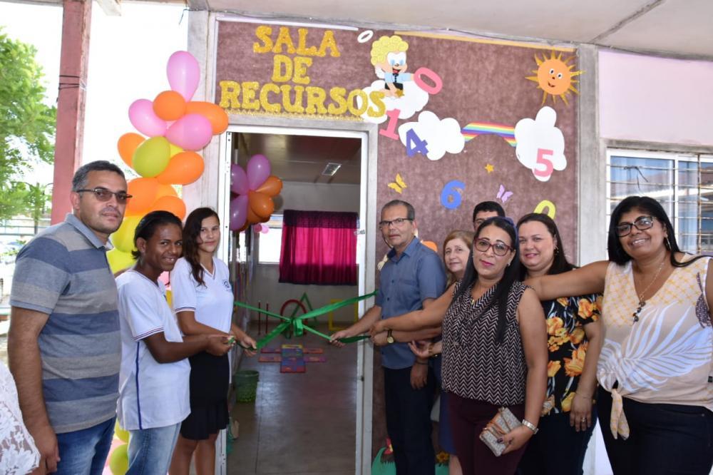 Inauguração da nova Sala de Recursos da Escola Municipal Suzana Craveiro.