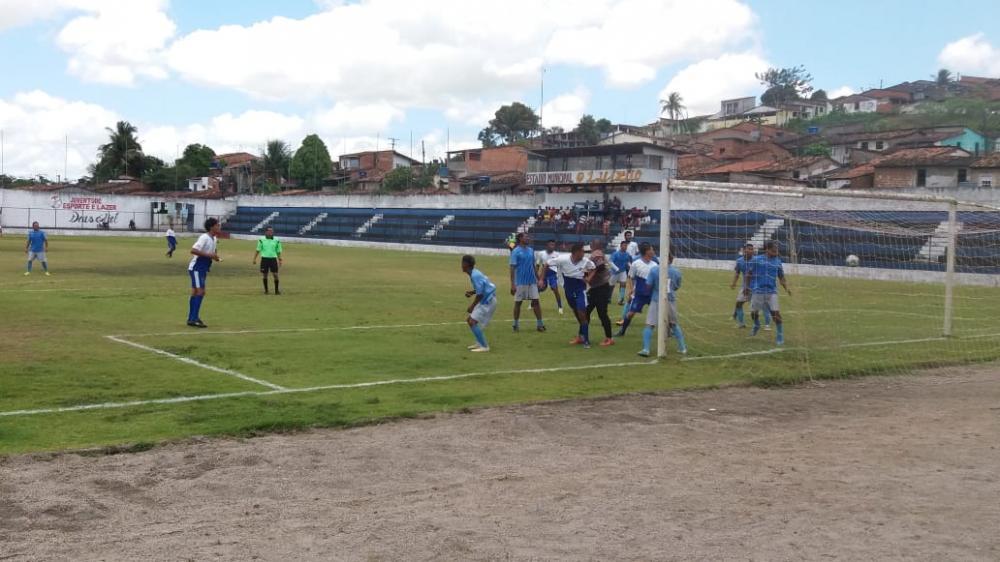Jogos das quartas de final foram disputado neste domingo (6).