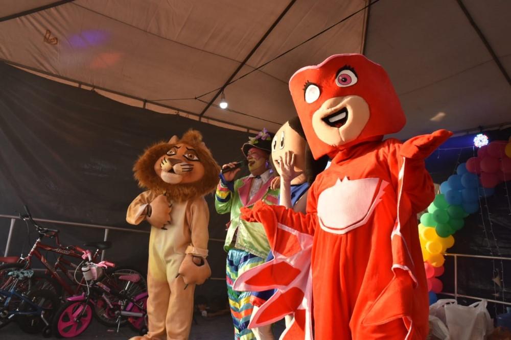 Prefeitura de Atalaia promove linda festa em comemoração ao Dia das Crianças