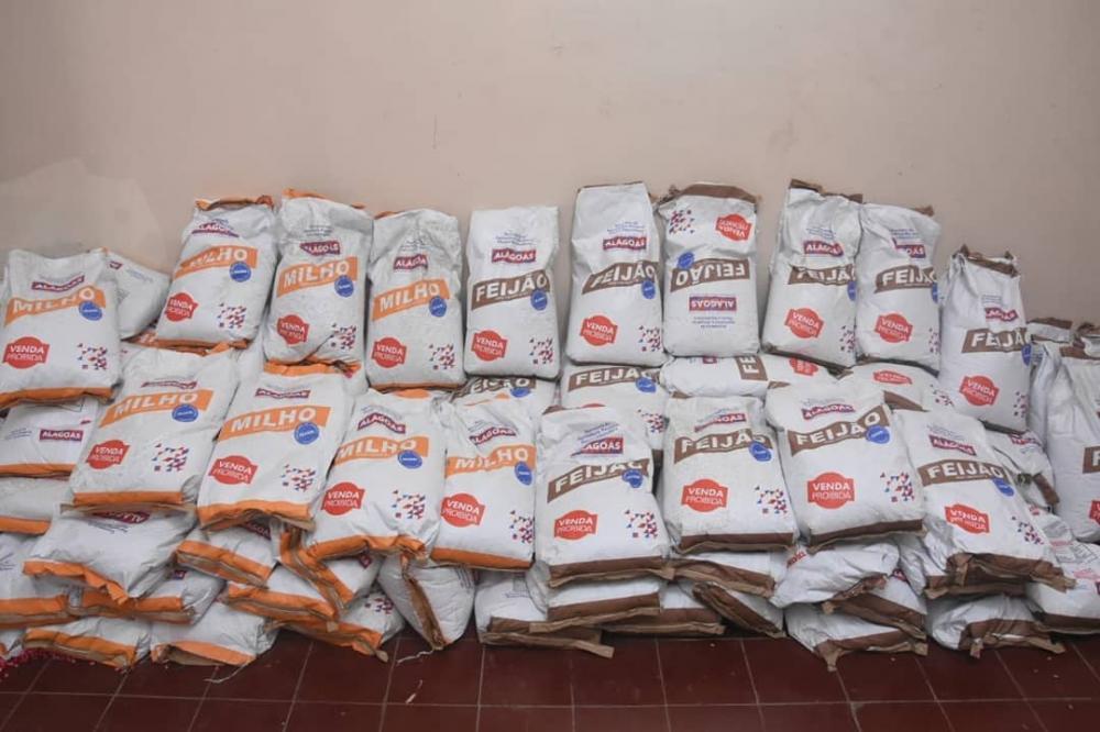 Prefeitura de Atalaia beneficiará assentados e pequenos agricultores com a entrega de sementes