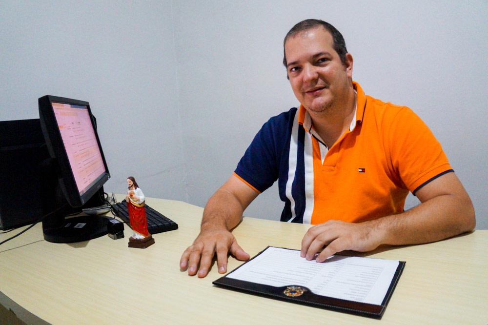 Secretário Municipal de Educação Anilson Júnior.