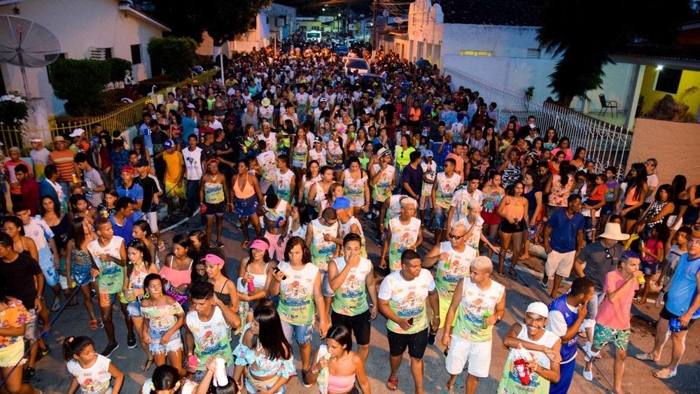 Turma da Galinha foi um dos Blocos que animou o Carnaval 2019 em Atalaia-AL.