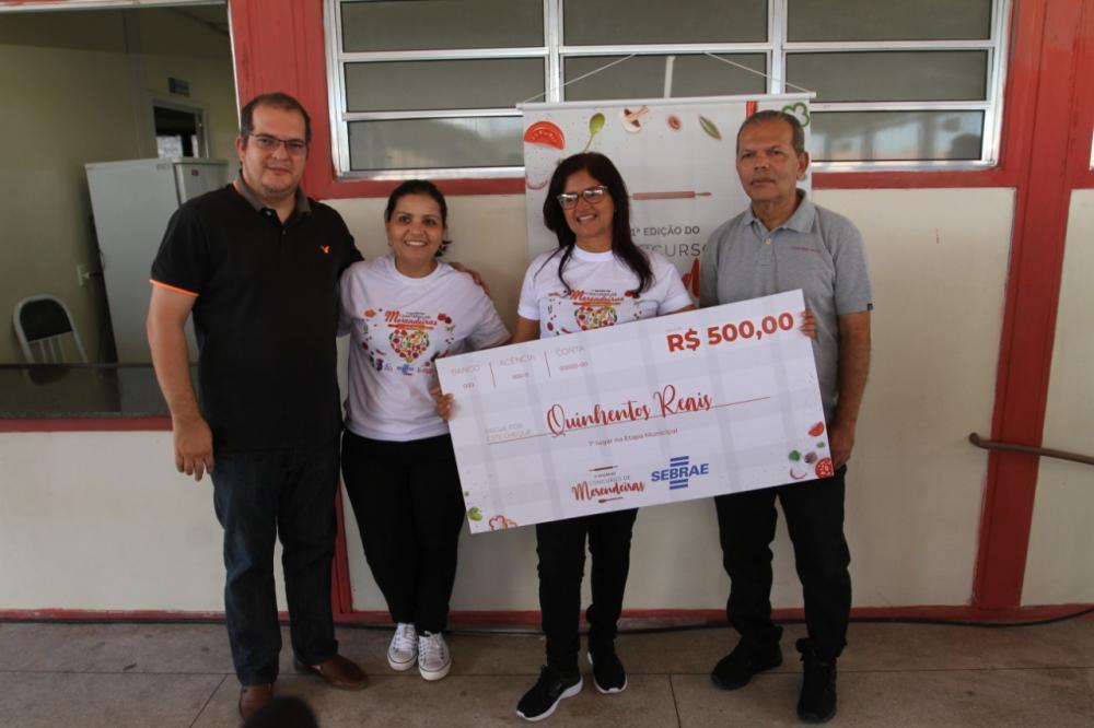 Merendeira da Escola Municipal Jabes Francisco vai representar Atalaia na eatapa estadual.