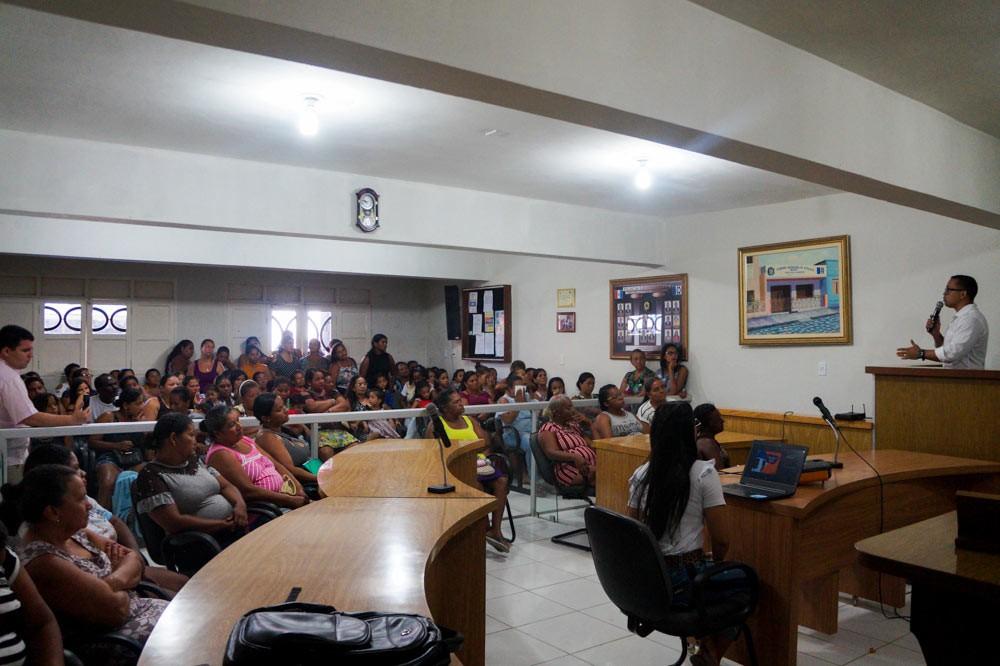 Reunião Ampliada do Bolsa Família esclarece dúvidas dos beneficiários em Atalaia