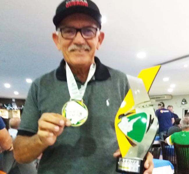 Antônio da Silva Raposo conquistou a terceira colocação na categoria Veterano Trap 100.