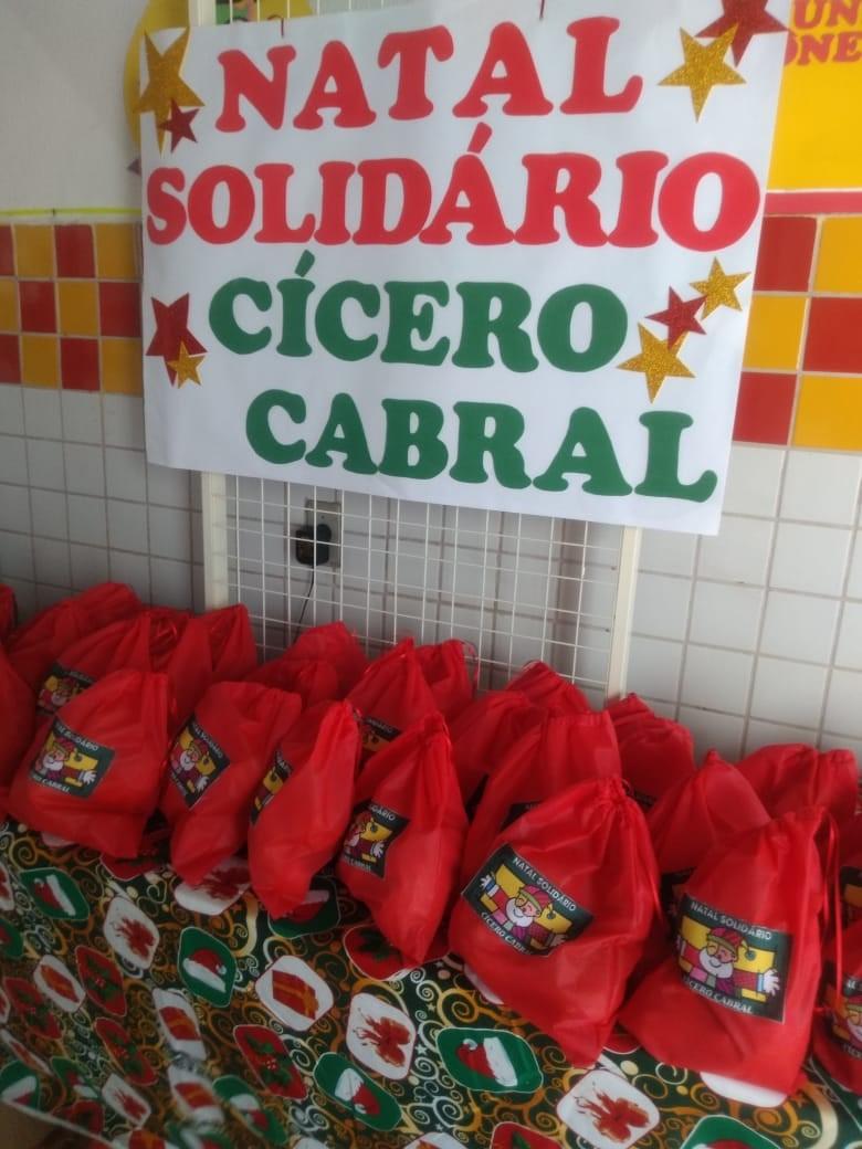 Natal Solidário da Escola Municipal Cícero Cabral Toledo