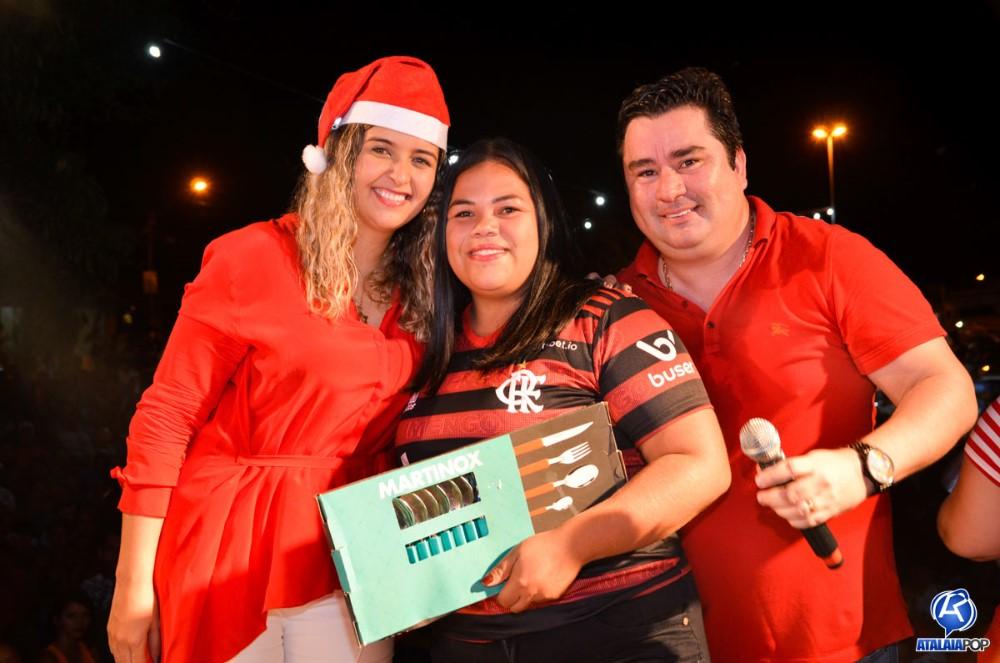 Camyla Brasil e André Monteiro promovem Natal Solidário e levam alegria e esperança para famílias atalaienses