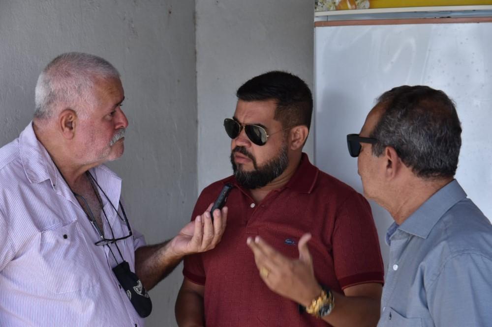 Câmara de Vereadores de Atalaia realiza confraternização de final de ano. Confira as entrevistas.