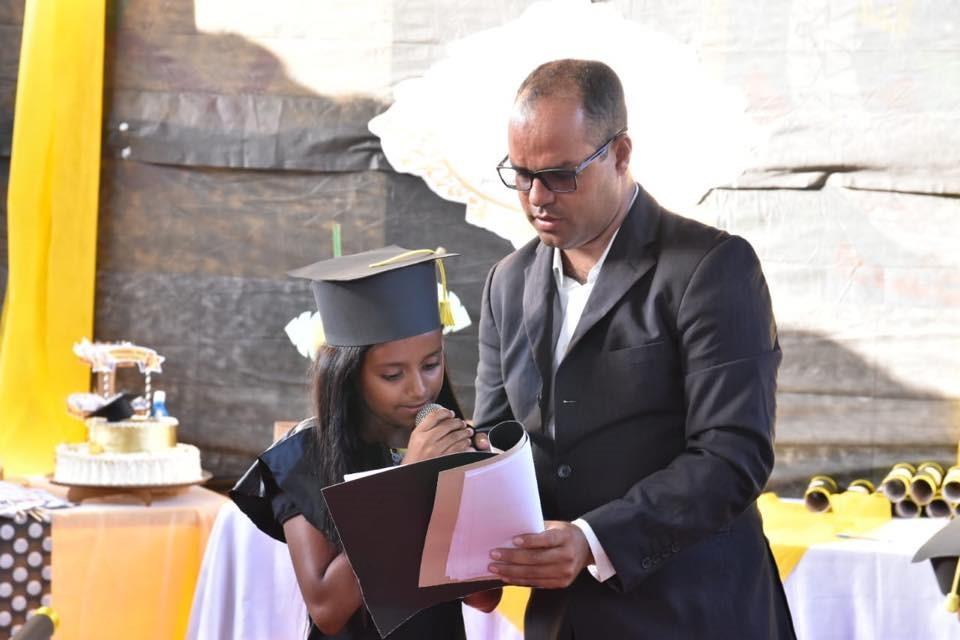 Prefeito Chico Vigário prestigia formatura de alunos da Escola Municipal João Cordeiro, no Distrito Ouricuri