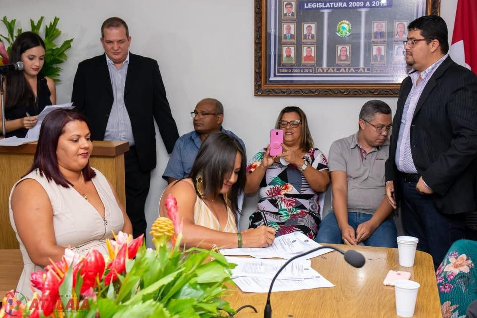 Gestores das escolas da rede municipal tomam posse para o biênio 2020/2021