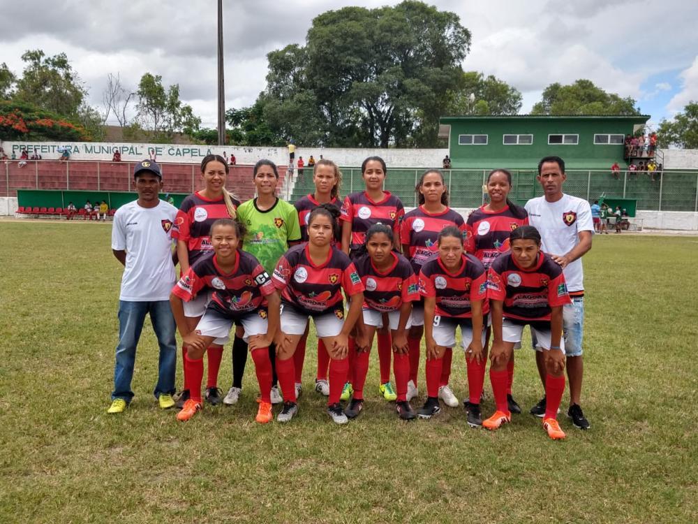 Equipe de Futebol Feminino do Sport Atalaia.