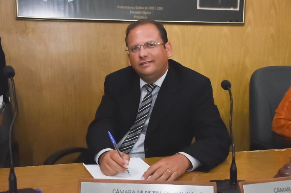 Indicações foram apresentadas pelo vereador Alexandre na sessão ordinário desta terça-feira (18).