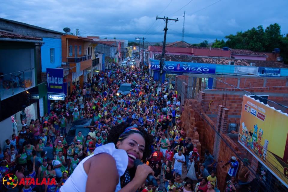 Bloco dos Funcionários abre o Carnaval 2020 em Atalaia.