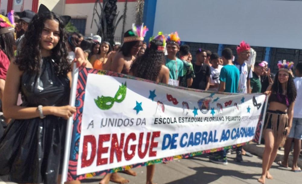Escola Estadual Floriano Peixto saiu às ruas da cidade para levar mensagem de combate ao Aedes Aegypti.
