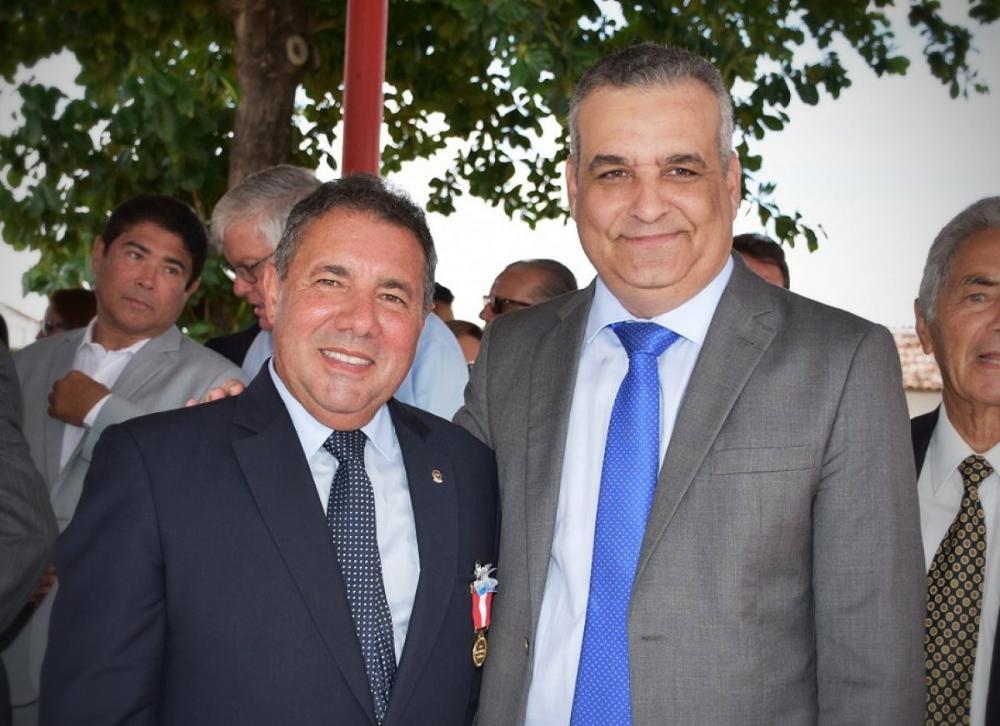 Marcio Roberto e Alfredo Gaspar.