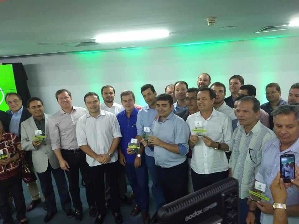Chico Vigário recebe homenagem pelo fim do lixão em Atalaia